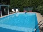 moms_pool